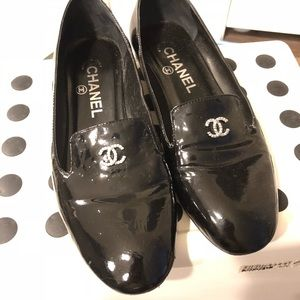 💥last chance💥Chanel loafers with pearls on heels